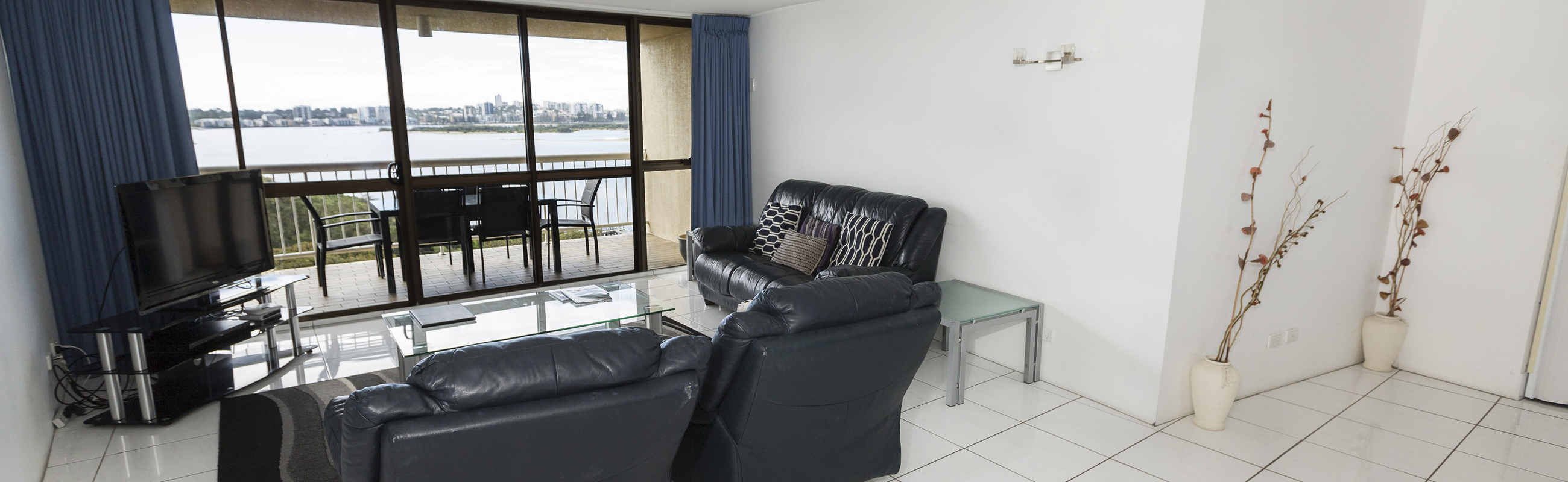 Golden Beach One bedroom holiday apartments